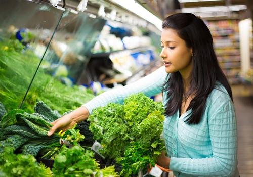 स्वास्थ्यवर्धक 9 बेहतरीन हरी पत्तेदार सब्ज़ियां