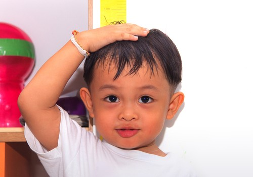 अच्छी बखर: बढ़ रहा है भारतीय बच्चों का कद