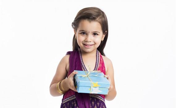 چار سال کا بچہ بھی جانتا ہے خوشی کا راز